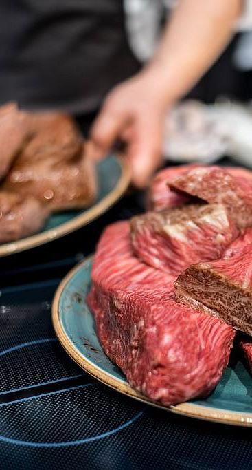 Gourmetfleisch und ein ganzer Kosmos drumherum